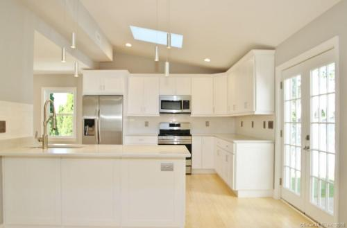 61 Cold Spring Road #SOUTH Photo 1