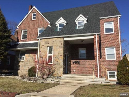 363 Washington Ave #2 Photo 1