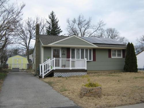 413 Maple Street Photo 1