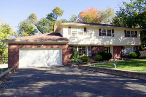 56 Mohican Dr Photo 1
