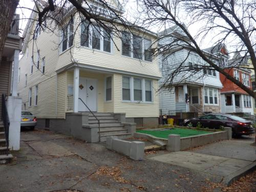 47 Eckert Ave Photo 1