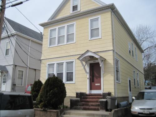 466 Howe Avenue Photo 1