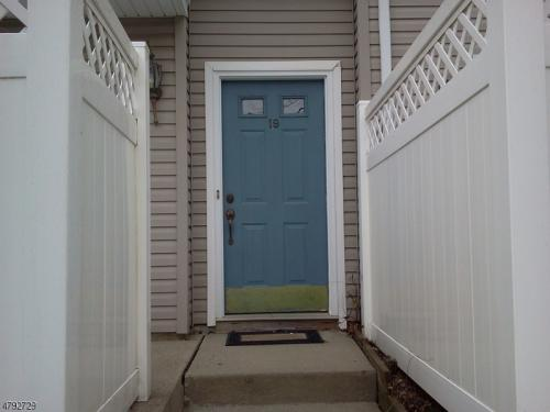 19 Witherspoon Court Photo 1