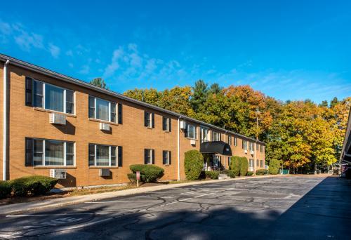160-170 Concord Street Photo 1