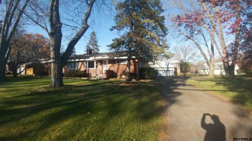 535 Kenwood Avenue Photo 1