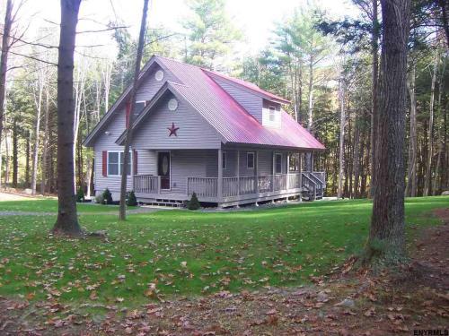 220 Birchwood Place Photo 1