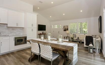 77 Huntington Crossway Photo 1