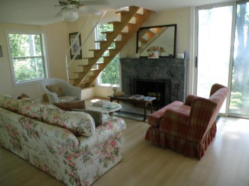 2880 Harbor Lane - Cottage Photo 1