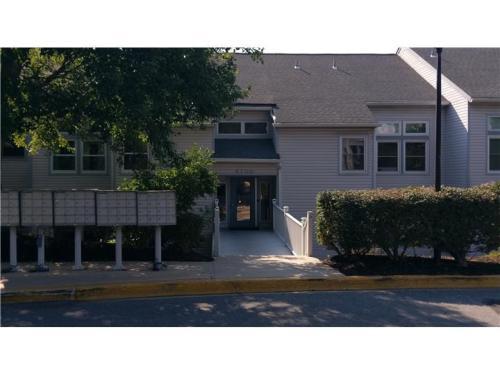 4701 Claremont Court Photo 1