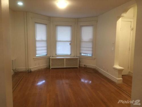 3 bed, $1,750 Photo 1