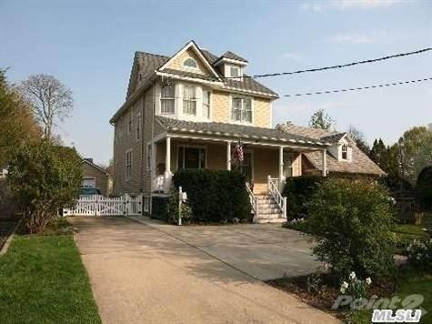 157 Hempstead Avenue Photo 1
