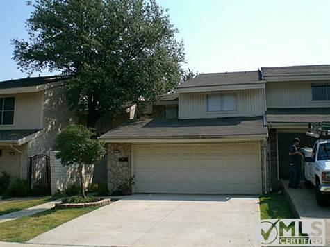 2916 Country Place Circle Photo 1
