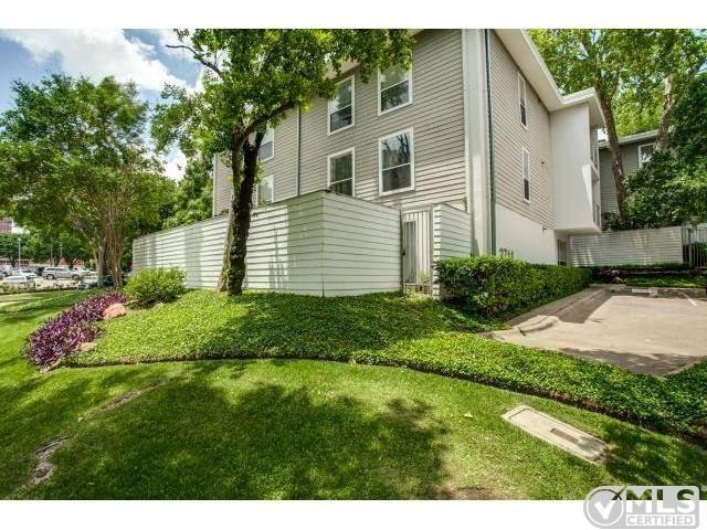 3711 Holland Avenue 302 Photo 1