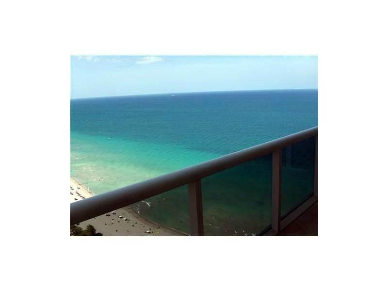 1830 Ocean Drive 3308 Photo 1