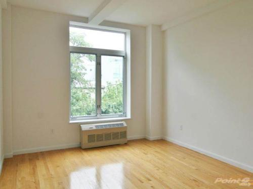 93 Grant Ave 24D Photo 1