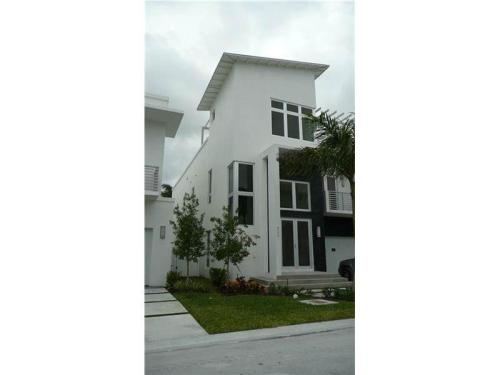 Homes for Rent/Lease in Doral, Miami, Florida $... Photo 1