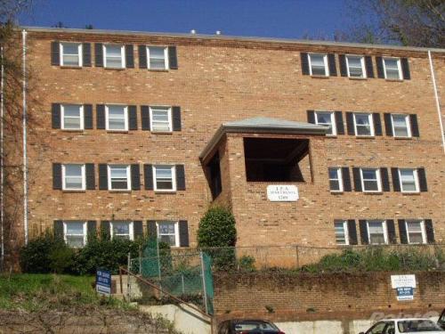 1709 Jefferson Park Ave #5 Photo 1