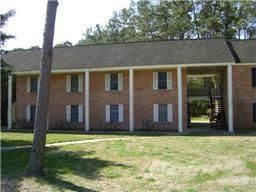 3700 Pine Manor Photo 1