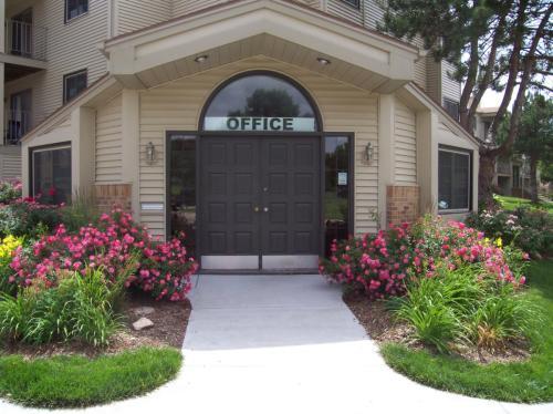 5100 Emerald Drive Photo 1