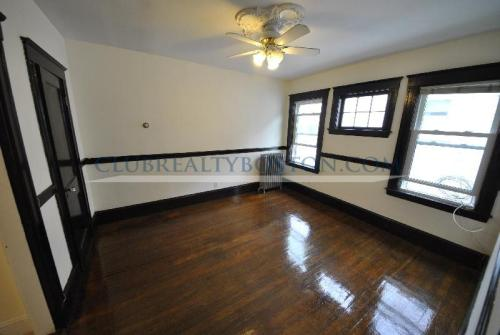 77 Montcalm Avenue Photo 1