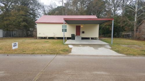 3818 Hodges Street Photo 1