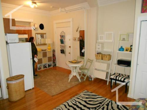 43 Bay State Road Photo 1