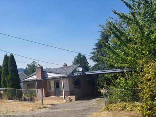 4220 W Alder Street Photo 1