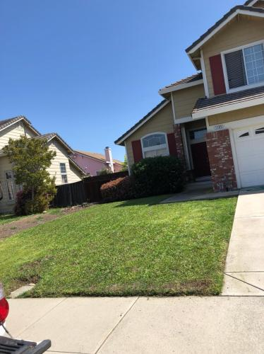 1185 Seasons Drive Photo 1