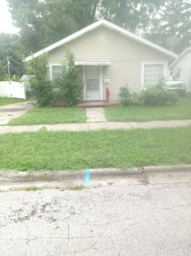 1145 W Packard Street Photo 1
