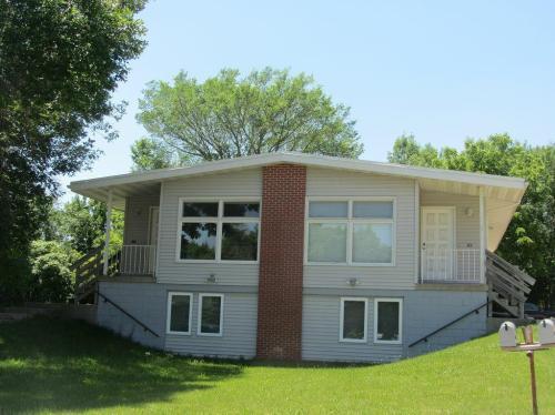 1401 Brenton Dr Cedar Falls Photo 1