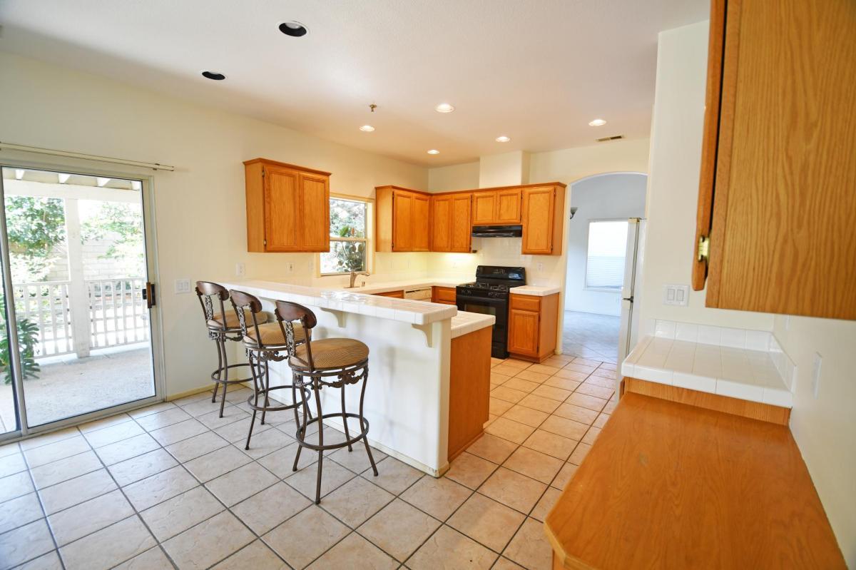 611 Roble Lane, Oxnard, CA 93036 | HotPads