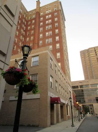 116 Court Street Photo 1
