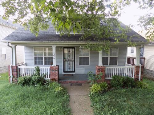 3234 Torbett Street Photo 1