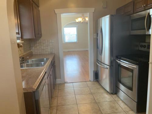 Admirable Denver Co Houses For Rent From 1 1K To 4K A Month 571 Download Free Architecture Designs Ferenbritishbridgeorg