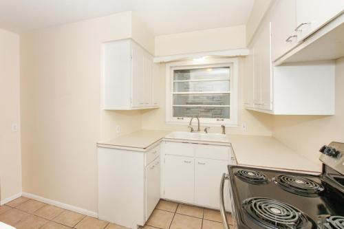 3825 Ewing Avenue S Photo 1