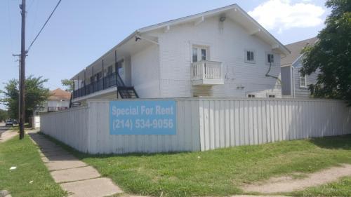 4638 San Jacinto Street Photo 1