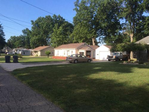 Benton Avenue Photo 1