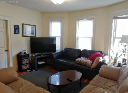 71 Conwell Avenue #1 Photo 1