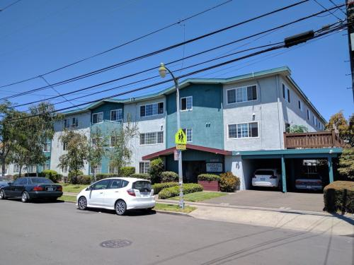 431 Pacific Avenue #304 Photo 1