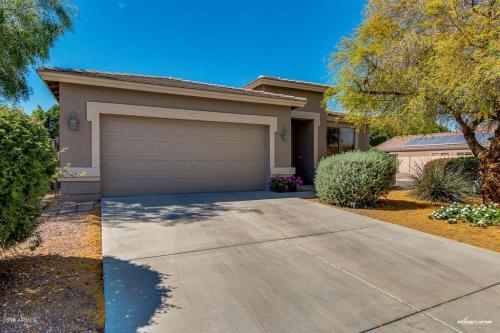 15239 W Country Gables Drive Photo 1