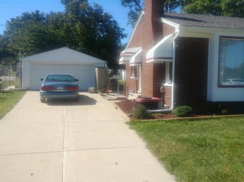 334 Roehrig Street Photo 1