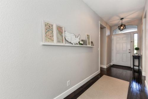 1312 Tippens Way Photo 1