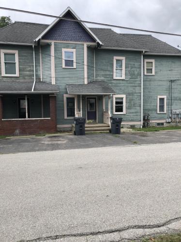 740 E State Street #4 Photo 1