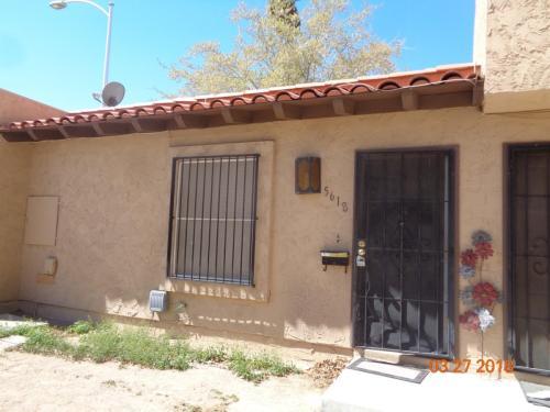 5618 W Lake Mead Boulevard Photo 1