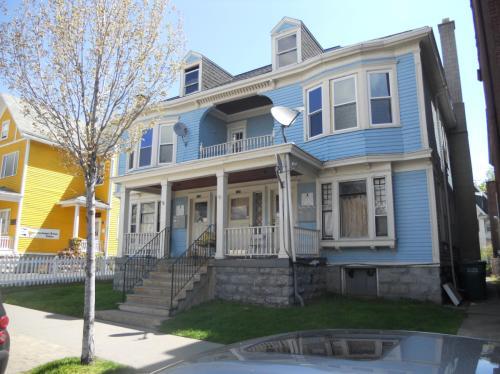 135 Elmwood Avenue #4 Photo 1