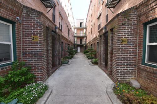 3412 Spring Garden Street Photo 1