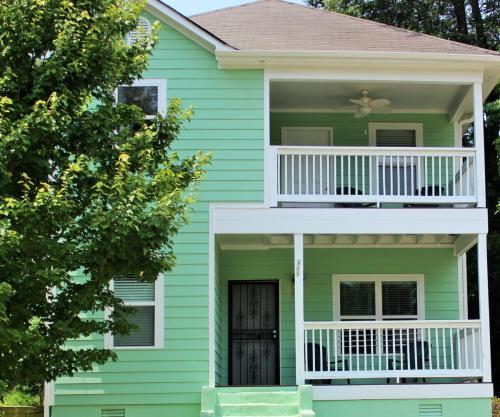 721 Cooper Street SW Photo 1