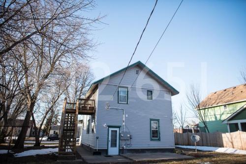 5809 Goodrich Avenue #1 Photo 1