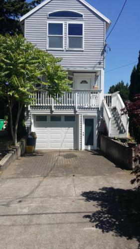 3542 NE 81st Avenue Photo 1