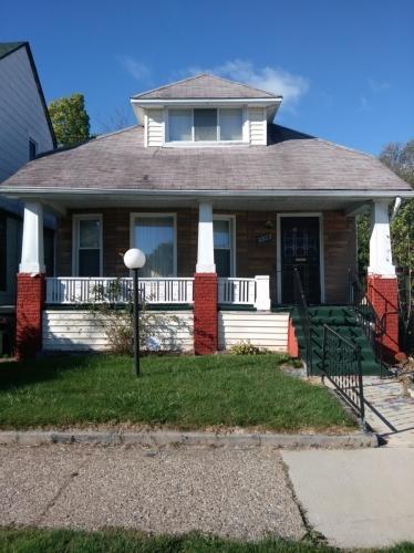 3923 Montclair Street Photo 1